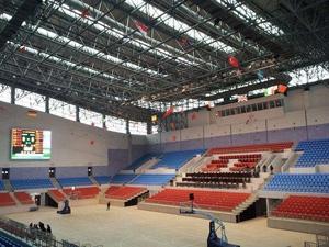 浙江篮球场看台网架